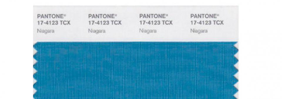 Cor Pantone Azul Niagara